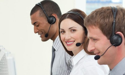 team of software support analysts