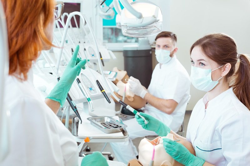 4 Back to School Tips to Help Dental Students Succeed This Semester